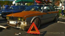 e30-coupe-ratlook.jpg