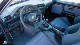 1987-bmw-e30-m3-interior-photo-365388-s-1280x